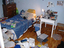 messy-san-francisco-apartment copy